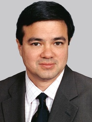 James Yue, MD